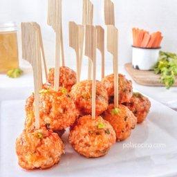 Receta de albóndigas de pollo al horno con salsa de alitas