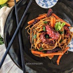 Noodles con pulpo