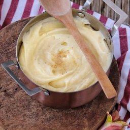 Salsa blanca para lasaña, crepas y croquetas con yema de huevo