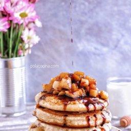 Cómo se hacen los hotcakes con manzana y canela