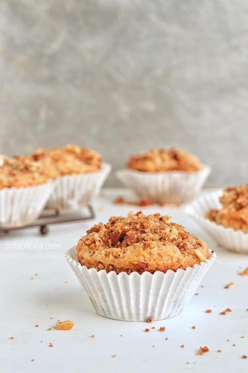 Cómo preparar muffins de durazno y avellanas