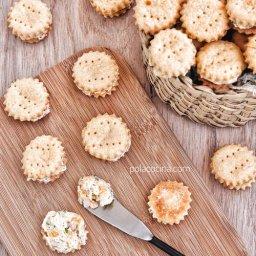 Cómo hacer galletas saladas de queso con relleno botanas