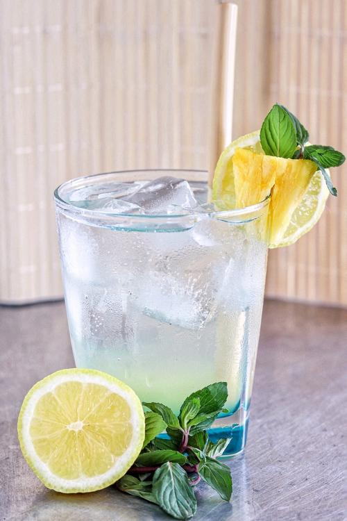 Gin tonic de piña