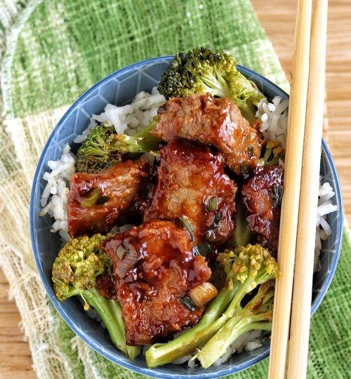 Ternera con brócoli estilo chino