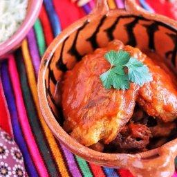 Tortitas de carne en salsa roja